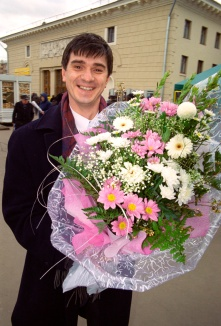 man_with_a_bouquet