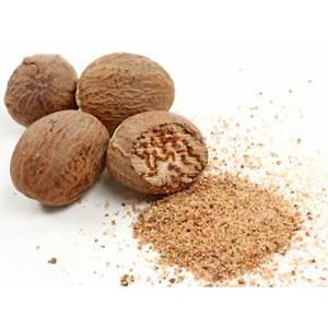 Nutmeg fruits and ground spice.